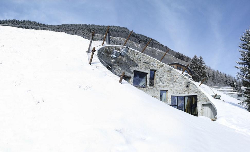 Exterior Alps Villa
