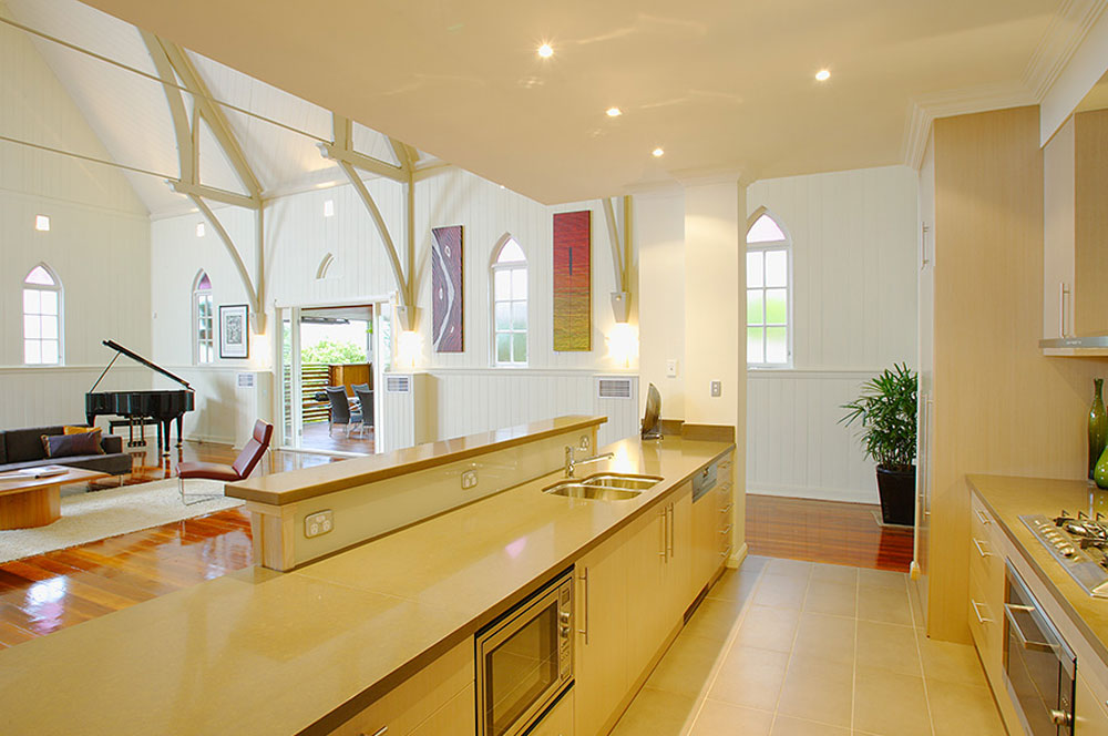 Church converted into a house - kitchen