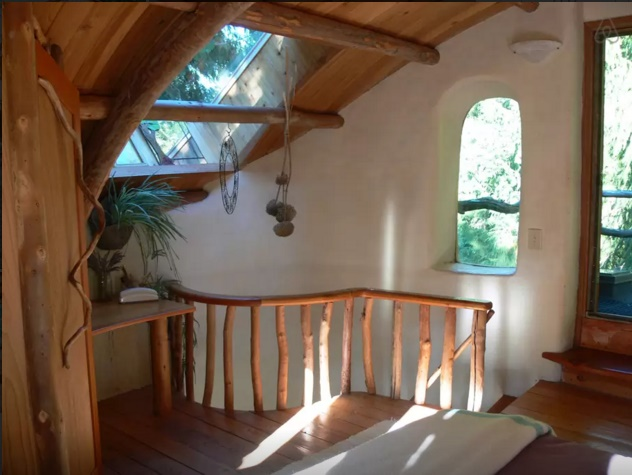 Cob House - interior