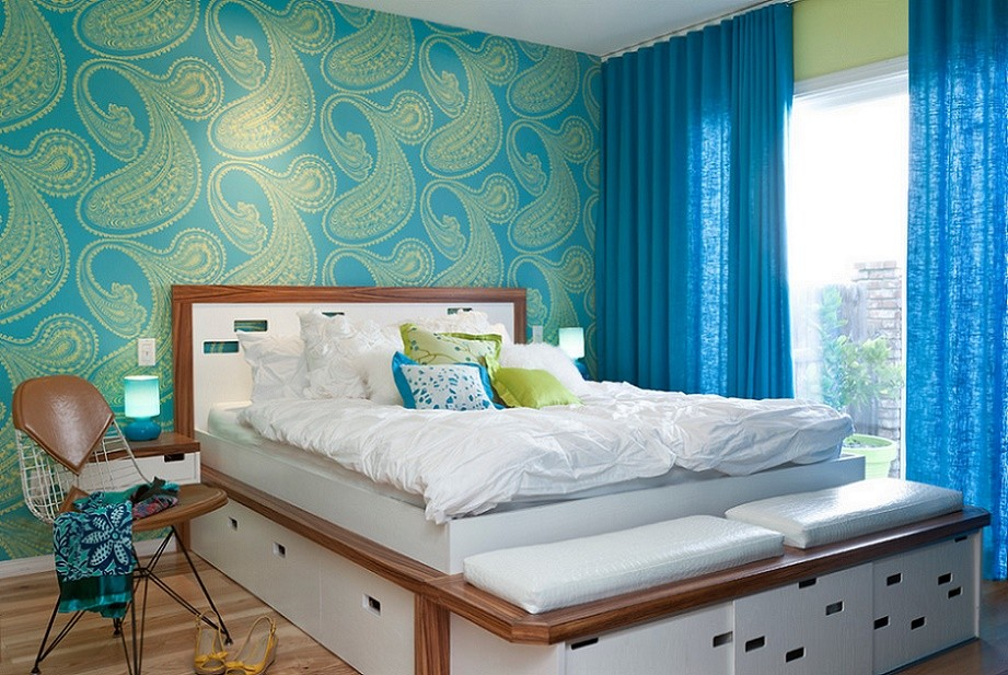 Colorful House - bedroom