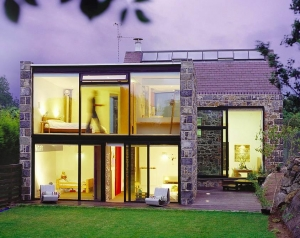 A House Made of Stone and Glass - An Old and New Symbiosis