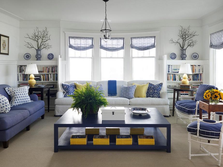 Holiday decor in livingroom