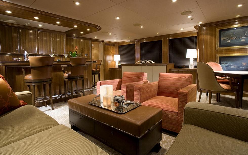 Slojo Yacht - Bar