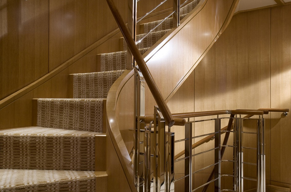 Slojo Yacht - Staircase